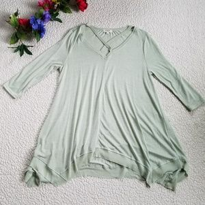 Umgee Boho Top Flowy Women's Small Green Raw Hem